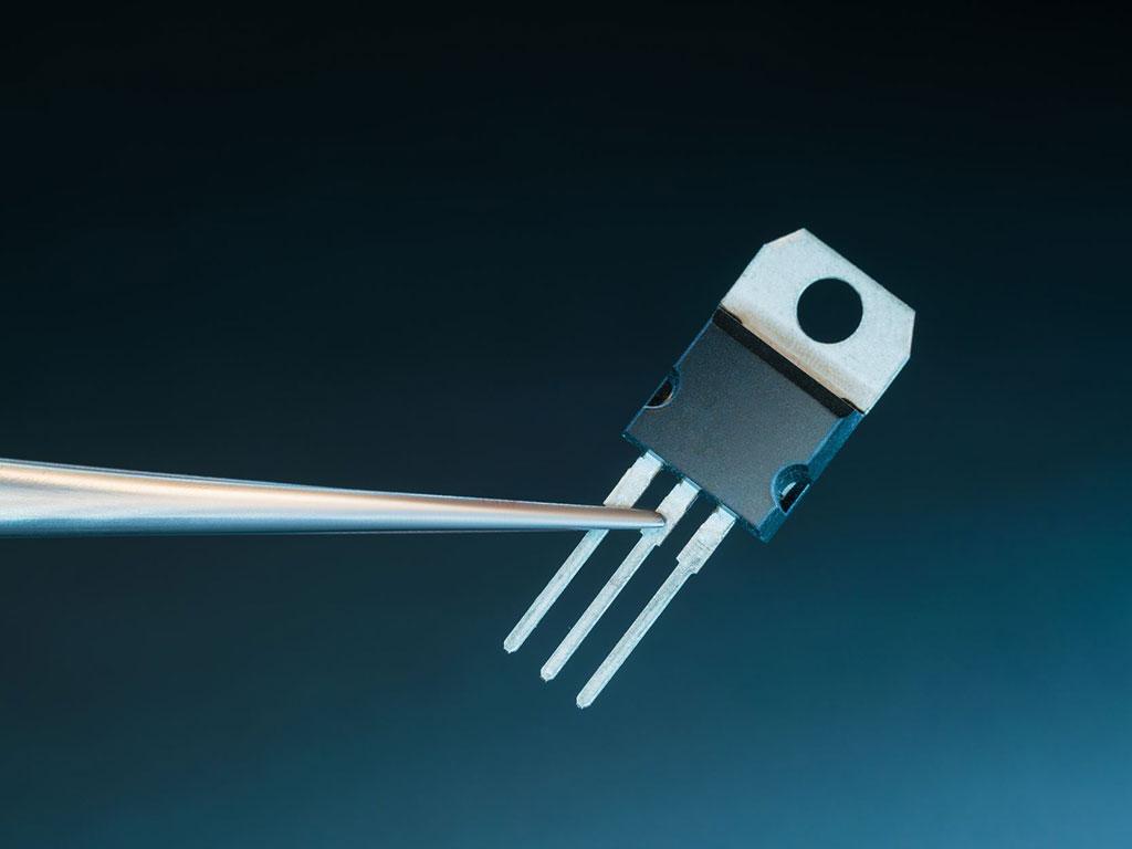 cual-es-la-diferencia-entre-transistores-pnp-y-npn