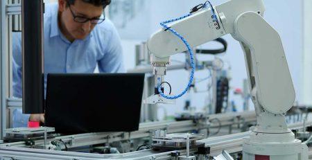 aplicaciones-robotica-en-la-manufactura